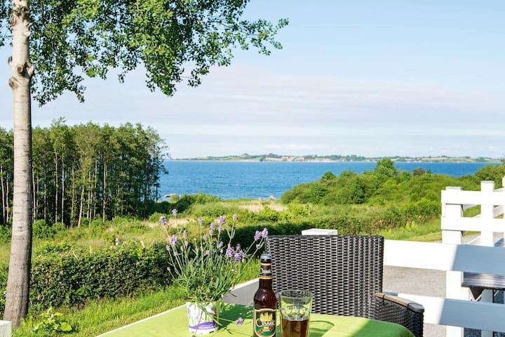 Accogliente casa vacanze nello Jutland con piscina