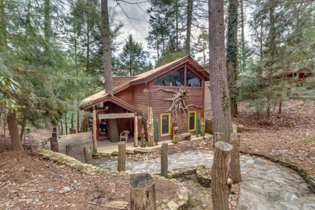 whitewater lodge pet friendly cabins for rent in