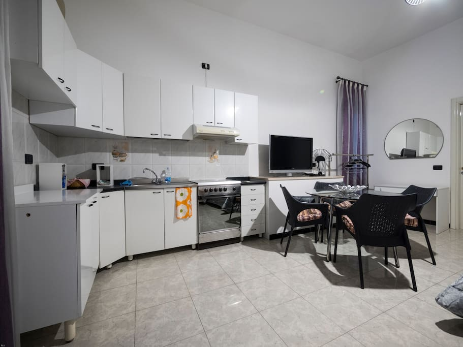 Si tratta di un comodo appartamento, in pieno centro a Foggia.