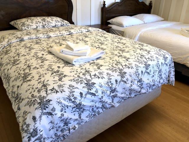 2659 双床房3人间公用卫生间