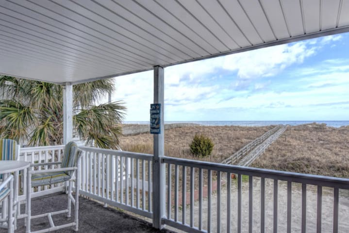 Oceanfront & Pet friendly! 🏖The Seagulls Nest