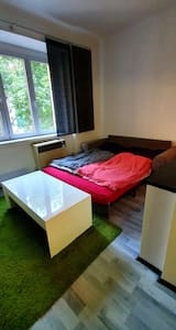 Small and guiet nice flat 15 min from city center