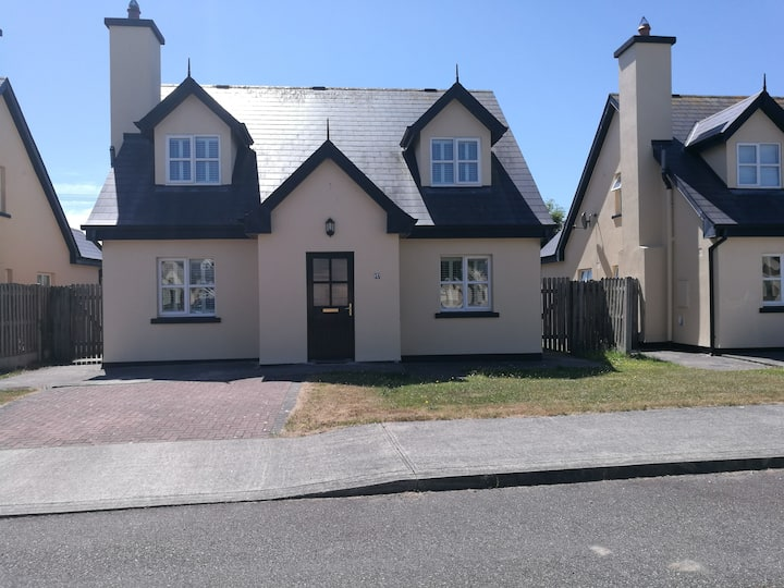 Charming house in St Helen's Bay, Rosslare