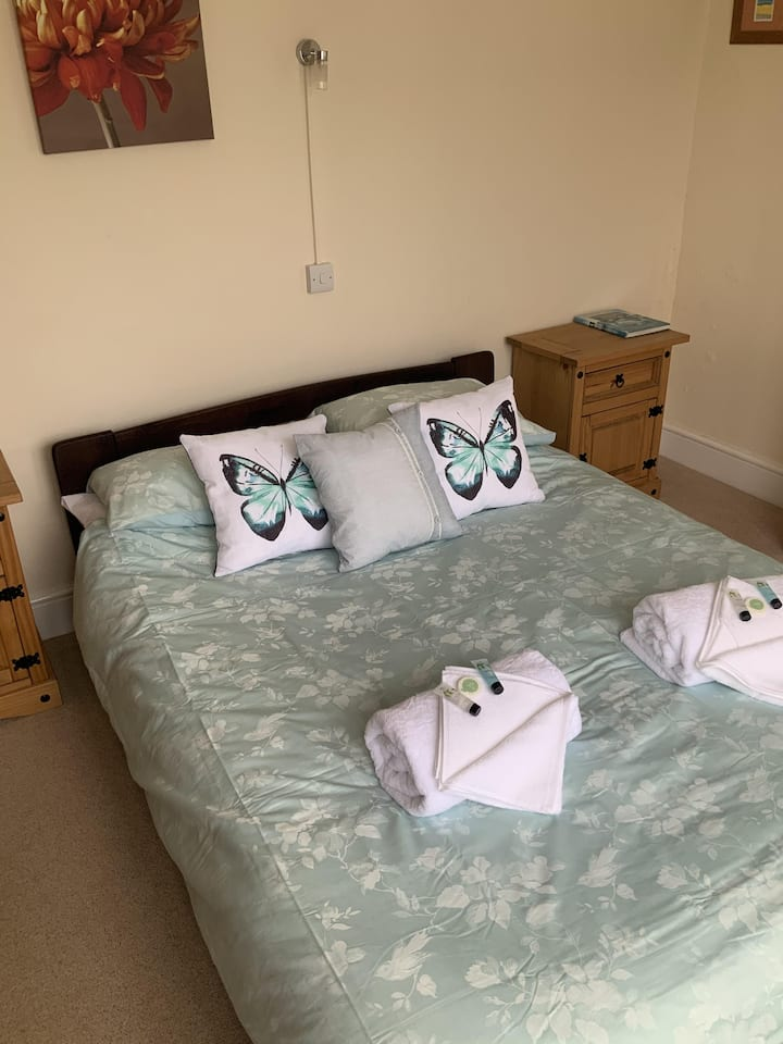 Double room-Ensuite with Shower-Appledore