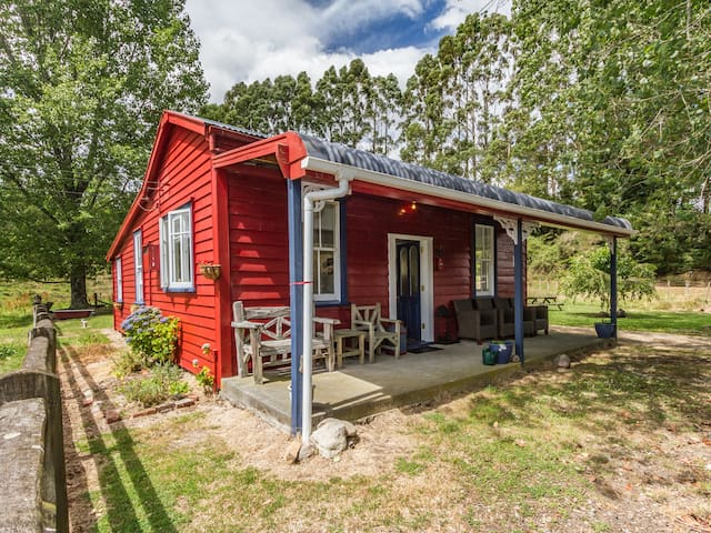 The Red Rooster Cottage