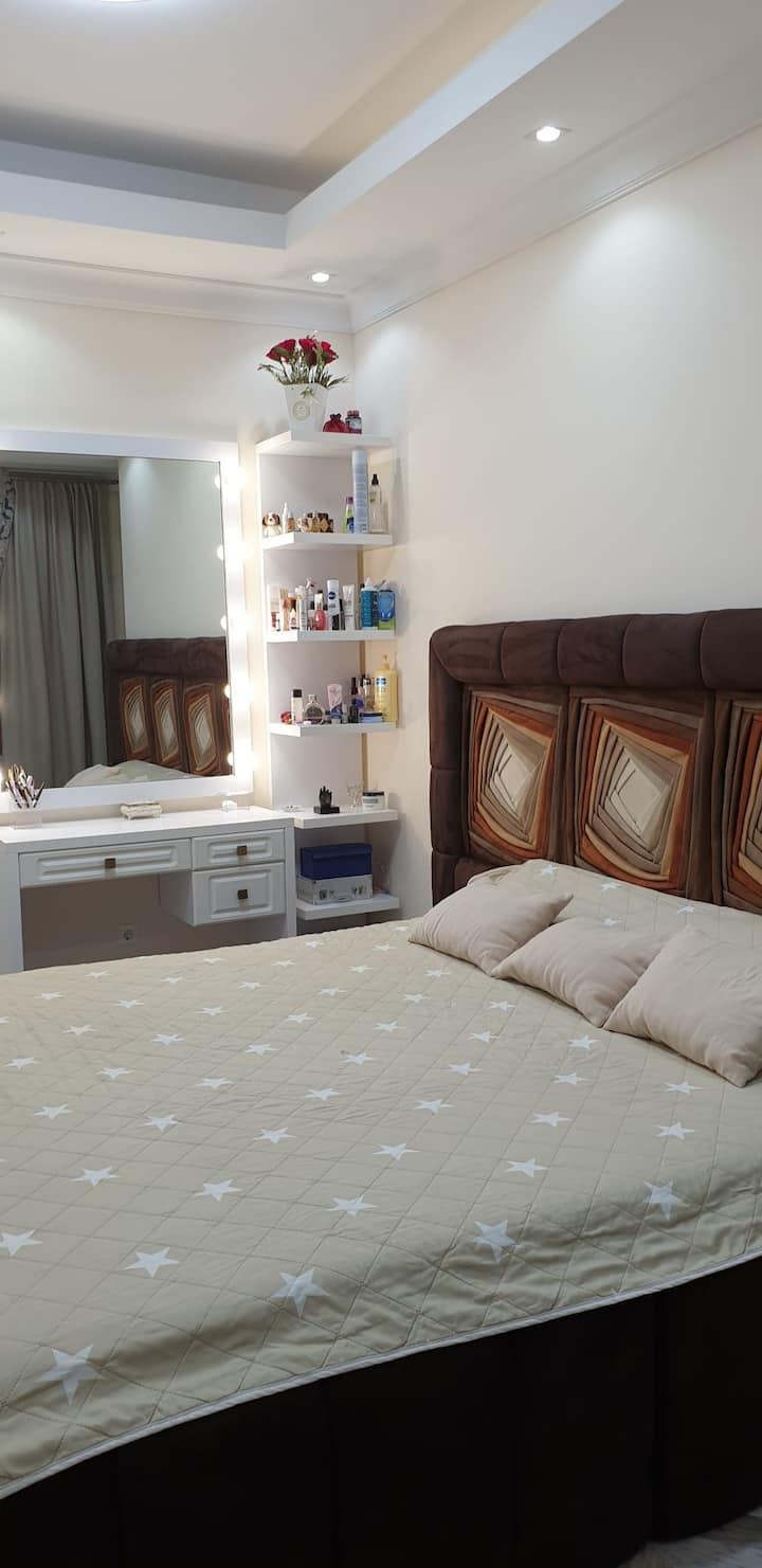 For rent or sell 2 bedroom large living + kitchen