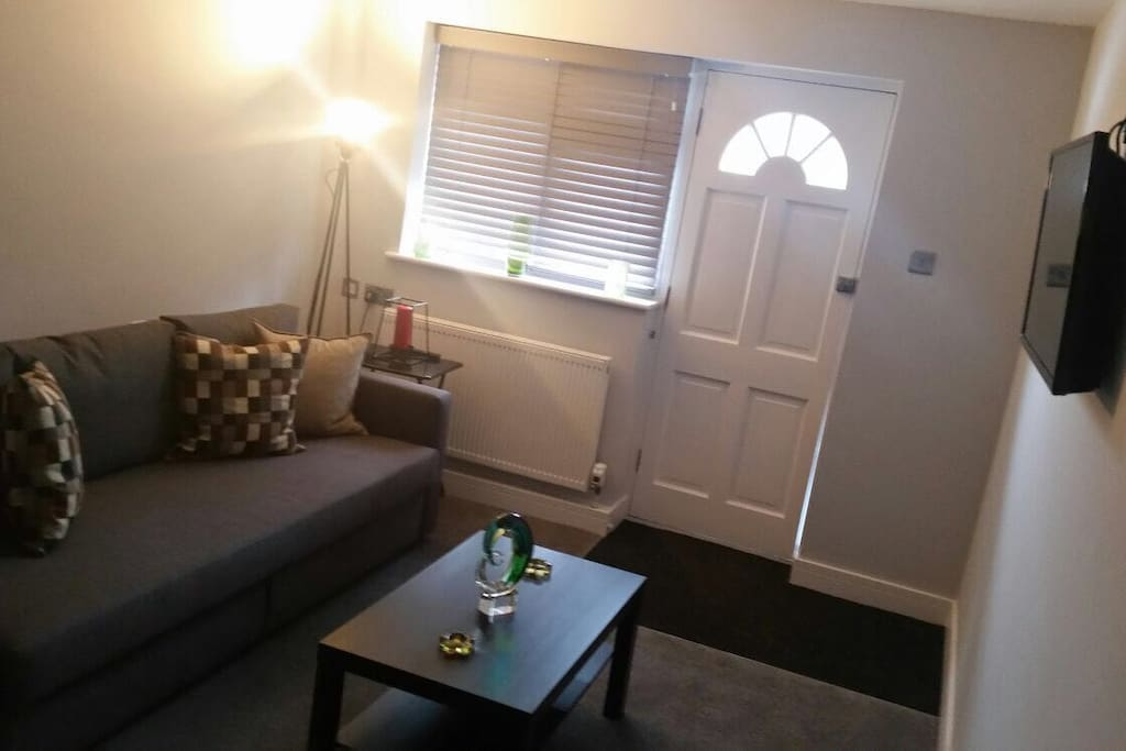 One Bedroom Apt