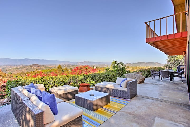 Southern CA Secluded Home w/Vineyard, Pool & Views