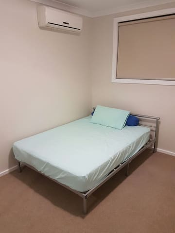 Private room for 2 people - Braybrook - Huis