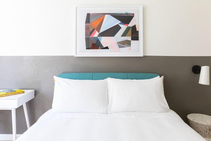 Sonder | Broadway Motel | Charming Room