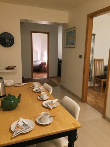 Cosy and spacious 3. bedroom apt in Hafnarfjörður - Hafnarfjordur - Apartamento