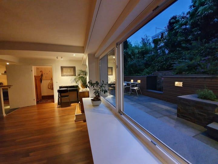 Wellness-Design-Appartement, 55 m², am Stadtrand