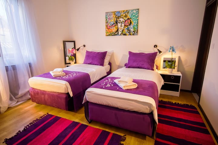 City point Rooms & More 203 Twin or double - Pula - Bed & Breakfast