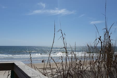 Surf Condo - Oceanfront - Surf City