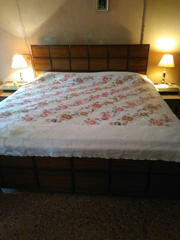 Spacious Bedroom. Can accommodate upto two futons/mattresses