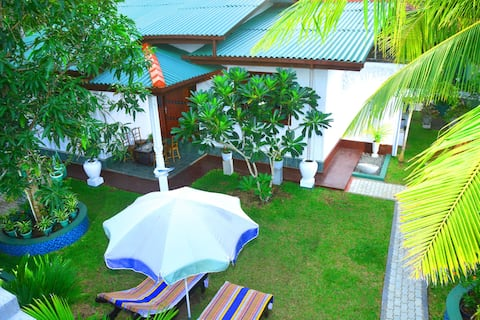 Seasand Villa ( LUXURY VILLA) LOWEST PRICE*BEACH*