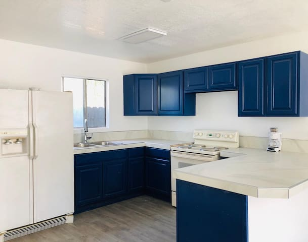 Modernly Remodeled home in Down Town Chula Vista