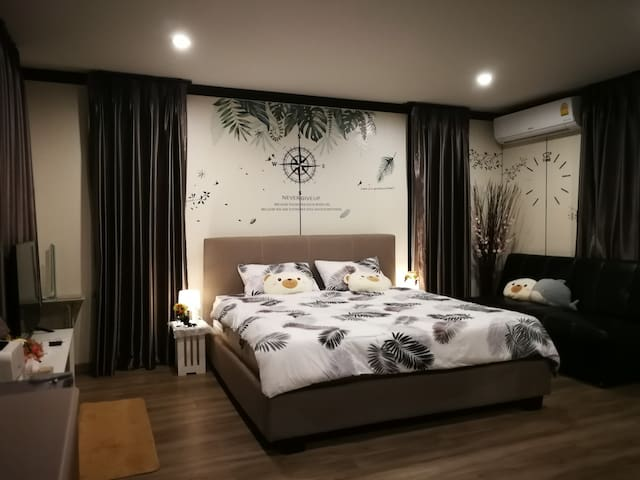 king size bed with sofa bed