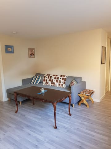 Spacious, family friendly hybel, with own entrance