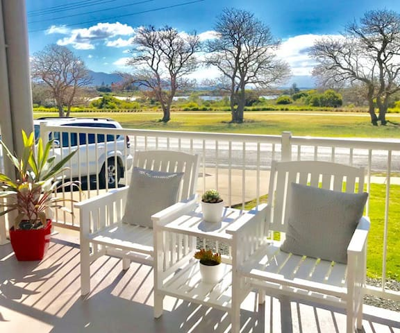 BERMAGUI FORESHORE HOLIDAY LETTING -AIRCONDITIONED