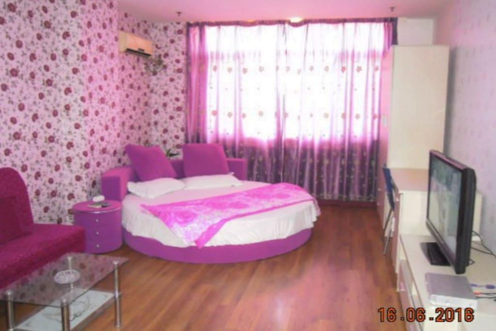 舒适温馨卧室小屋
