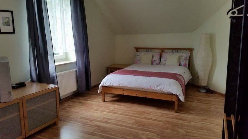 Spacious double with ensuite - Gdańsk - Villa