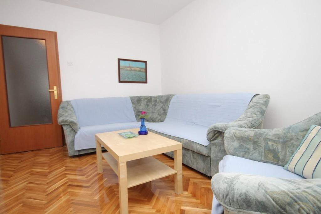 Living room, Surface: 15 m²