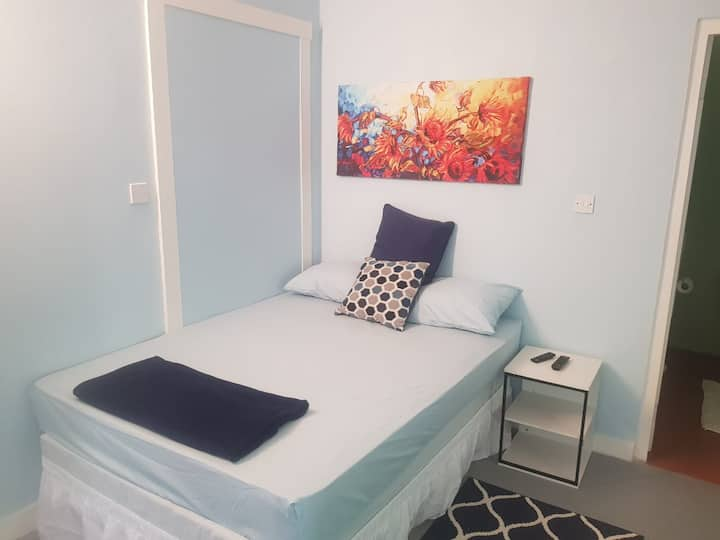 Careffe Suites (Apt4) - 5 mins from Rodney Bay