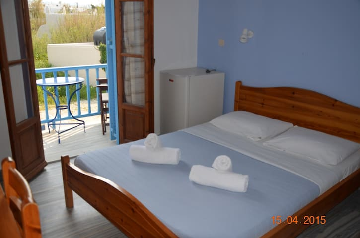 Double room with balcony - Paros - Bed & Breakfast
