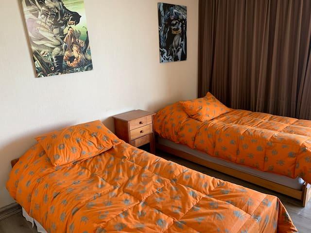2do Dormitorio, 3 camas individuales