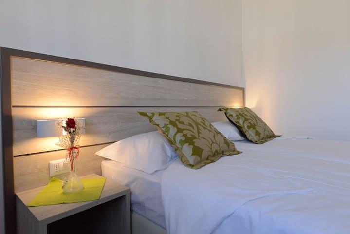 Camera ZOE - matrimoniale con bagno - Venècia - Bed & Breakfast