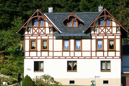 Quiet, relaxation and cosiness; appartment in the Erzgebirge (Ore Mountains) with a nice terrace