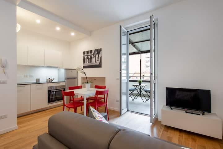 ARISTOTELE 72 - Design Suite with Terrace -