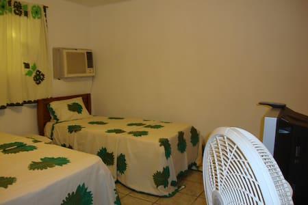 """Guest House """"Marabou"""" in the heart of Jacmel - Jacmel"""