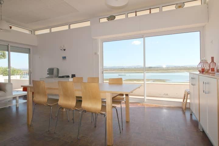 SUNDANCE beach house/Casa da Ilha