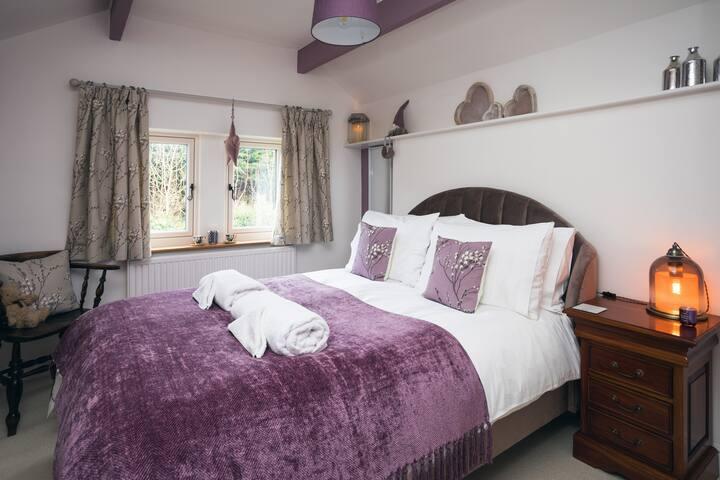 Grape bedroom