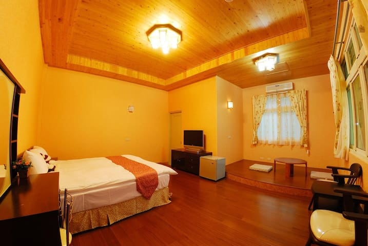 Peach Villa B&B ~ Standard Double Room