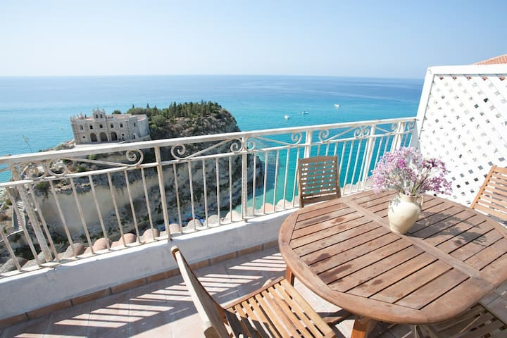 Appartamento camera Santa Chiara - Tropea