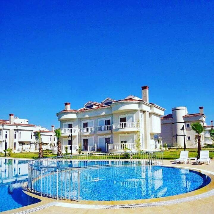 BlueHomes 4 Bedroom Twin Villa