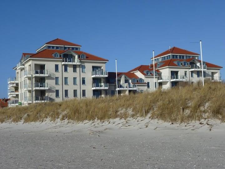 Hafenblick – mit Balkon & Strandkorb am Südstrand