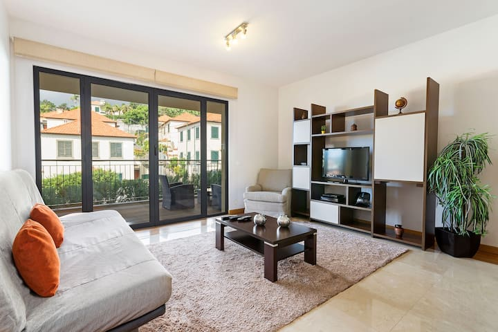Living Apartment with Swimming Pool