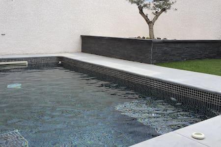 Maison piscine privée, proche Cap dAgde Marseillan - Saint-Thibéry - 獨棟