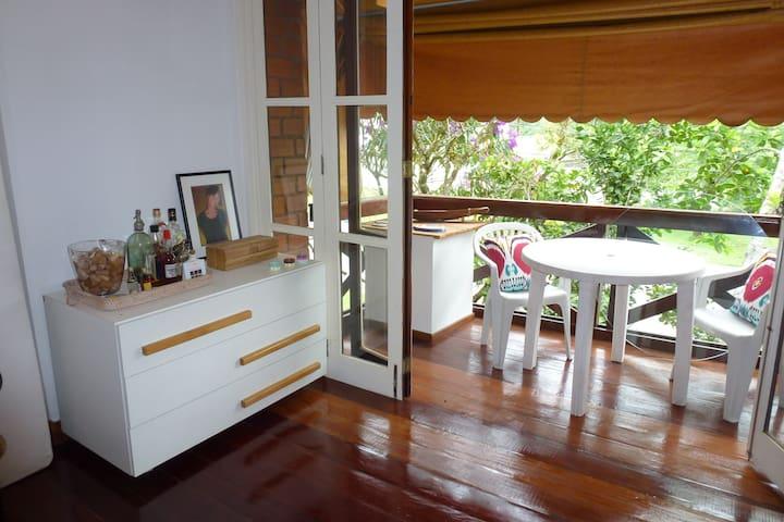 Studio na Marina do Bracuhy em Angra