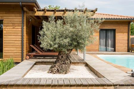 Villa bois piscine chauffée à LEGE CAP FERRET - レージュ=キャップ=フェレ