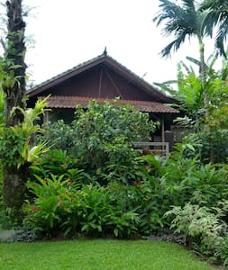 Cengkilung Guest House (Balcony)