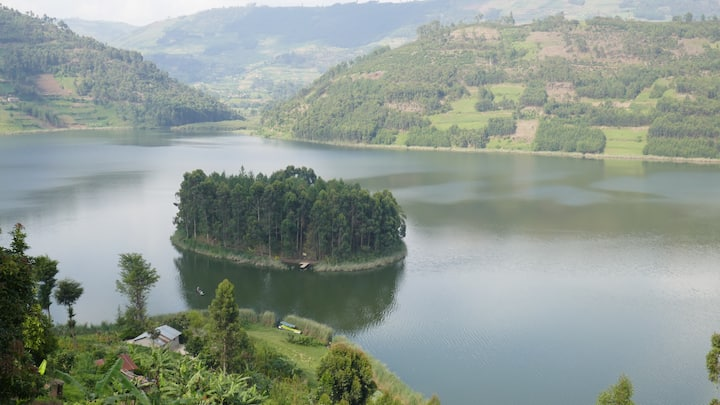 Secluded Private Island Lodge on Lake Bunyonyi