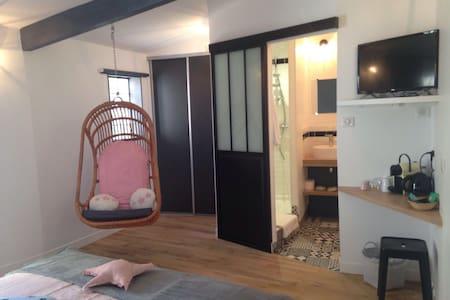 Chambre cosy retro - Sete