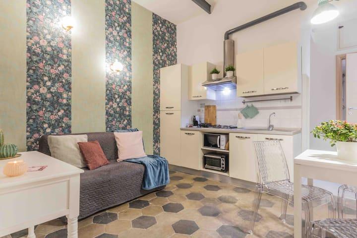 Flora apartmentx4 Metro Vittorio Emanuele \Wifi\AC