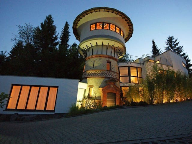 Wasserturm - Symbiose aus Historisch und Topmodern - Niedernhausen - Rumah