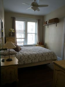 Room rent for close to Manhattan - クイーンズ - 一軒家